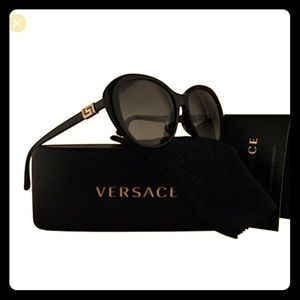 Versace Black Sunglasses 🕶